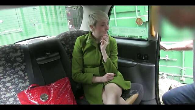 金髪にブーツザーメンときぶっかけ エロ 動画 女性 おすすめ
