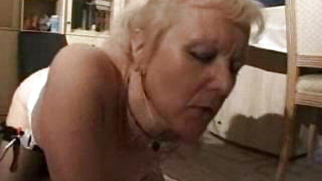彼女の夫は、台所で自慰行為を開始し、自慰行為を開始します エロ 動画 女性 向け