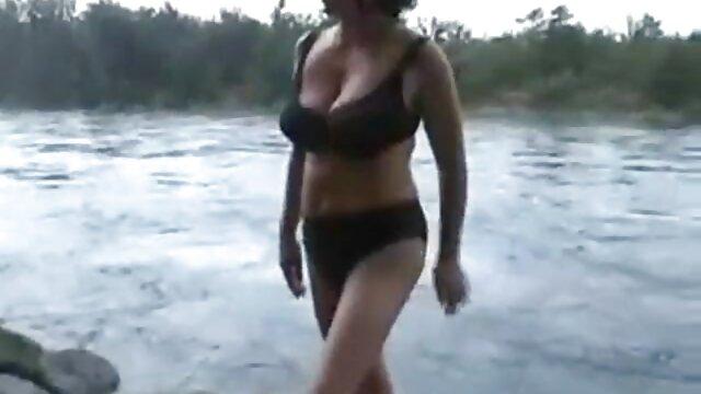 美しい若い女の子の肛門の涙 沢井 亮 sex 動画