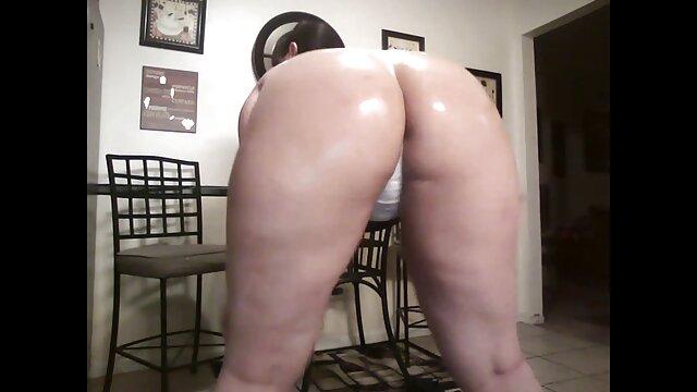 二cocksのための空腹金髪bitch 女性 sex 動画 無料